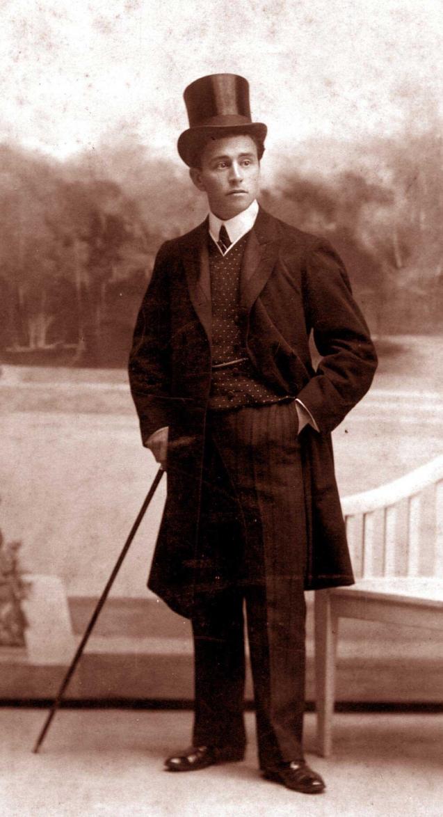 Le jeune François de Paule VALLET 1903