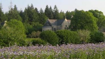 Aperçu de la Communauté ND de Fatima en Bretagne, centre spirituel où sont donnés les Exercices de St ignace